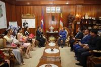 ឯកឧត្តម ខៀវ កាញារីទ្ធ រដ្ឋមន្ត្រីក្រសួងព័ត៌មាន អនុញ្ញាតឱ្យលោក អ៊ិន សុភិន អគ្គនាយកផលិតកម្មមហាហង្ស ដឹកនាំបវរកញ្ញា MISS GRAND CAMBODIA 2020 ចូលជួបសម្តែងការគួរសម និងគោរពថ្លែងអំណរគុណ